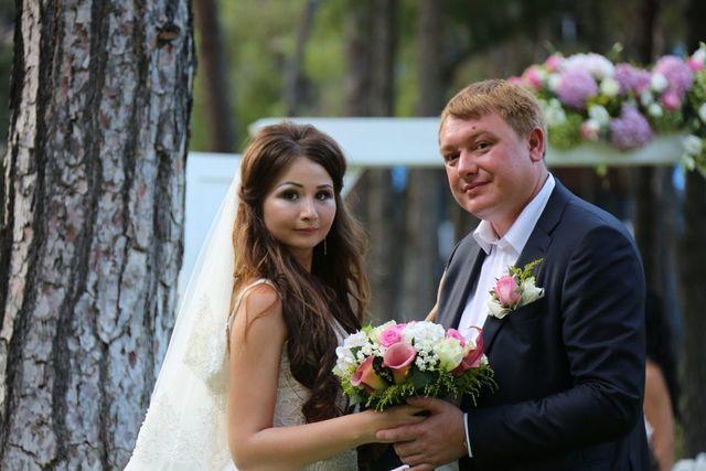 Daniyar nazarbayev wedding dresses