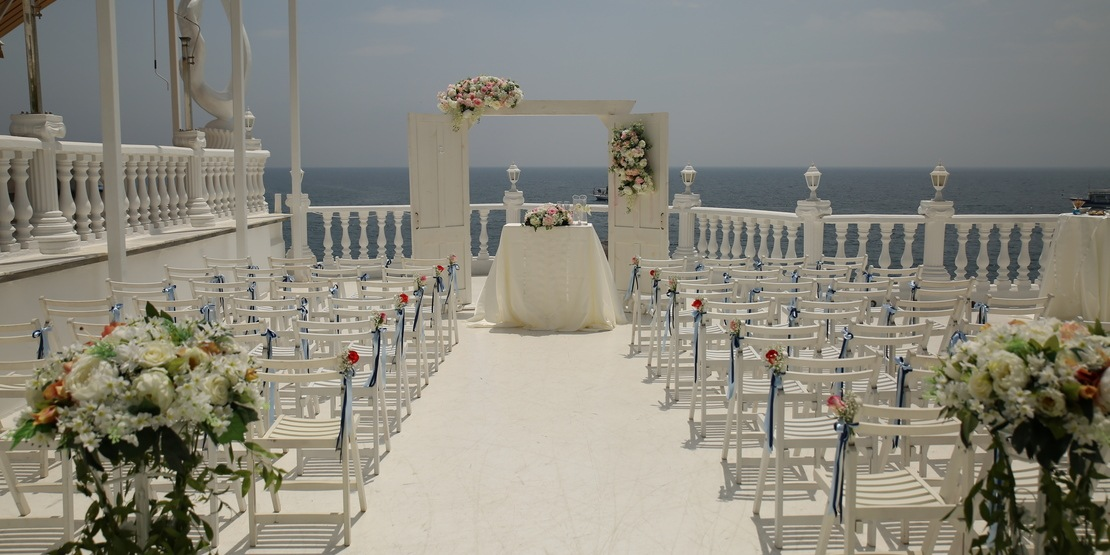 Luxury Wedding and Civil marriage at the Seaside Restaurant