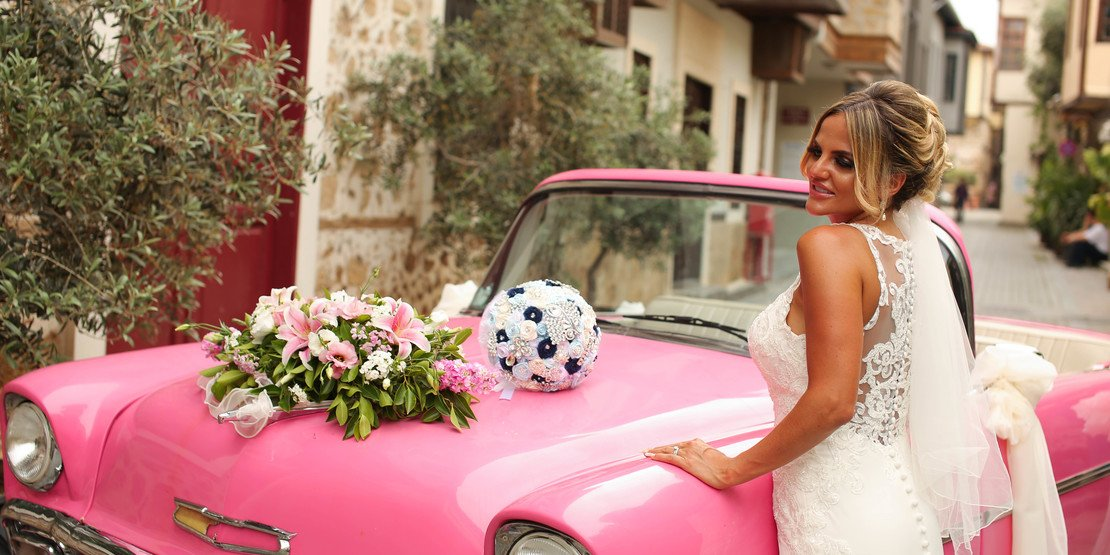 see examples of bridal car decoration on our site in Antalya
