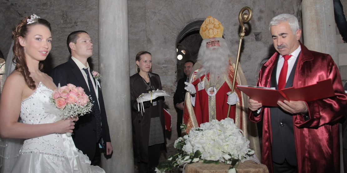 Marriage Ceremony in Saint Nicolaus Church