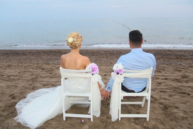 Madleen & Musa beach weddings turkey