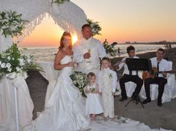 beach wedding ceremony in antalya