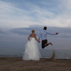 Romantic Weddings In Beach