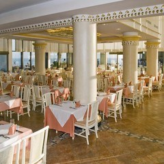 Wedding In Crystal Sunrise Queen Luxury hotel