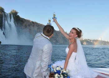 wedding on yacht in antalya