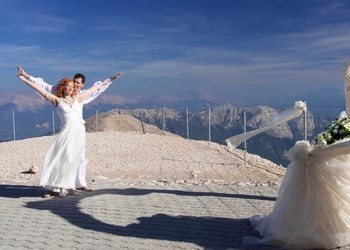 marriage at teleferic in antalya