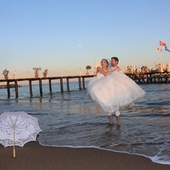 Marriage ceremony at the beach in Turkey