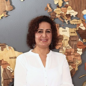 LEGAL ASSISTANT eğilmez