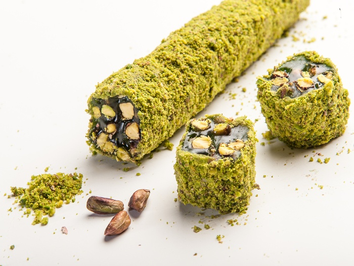 Ribbon Pasha Delight with Pistachio Coated Apple