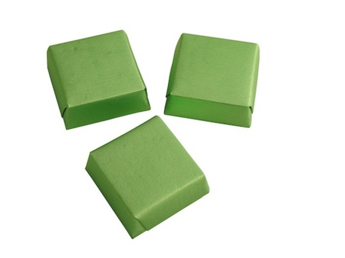New Gilded Wrapped Small Square Green Chocolate With Hazelnut